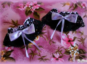 Atrata Sweet Violette Cuffs (Collection)