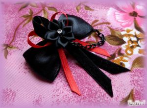 Rubeo Black Decorated Bow